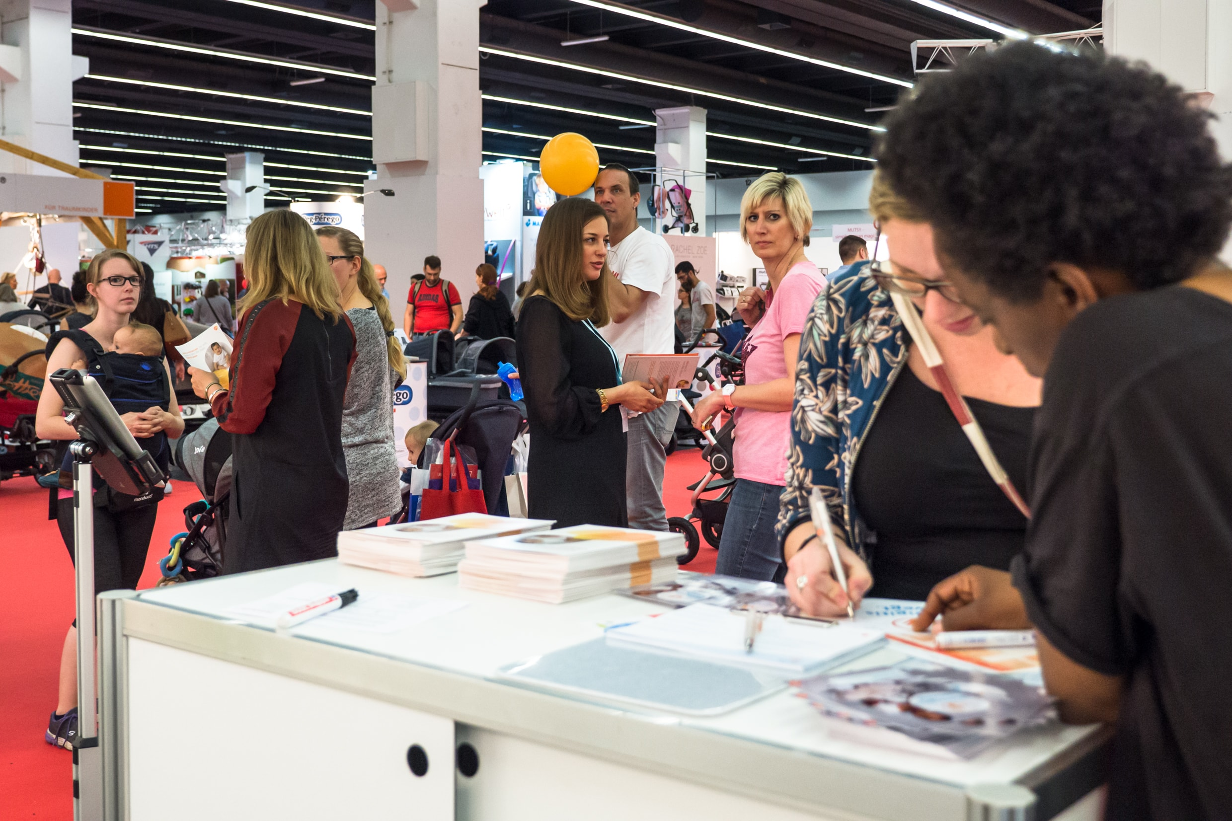 Shary Reeves-BabyWelt Messe-Autogramme.jpg